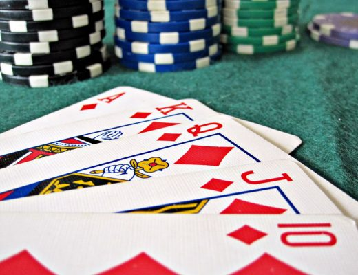 Craze Of Playing Poker Online - Betting