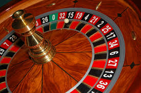 Improve Your Poker Strategy - Gambling