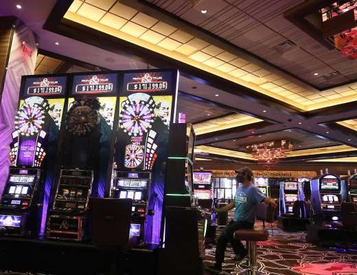 Refilling The Free Money In Online Casinos Games