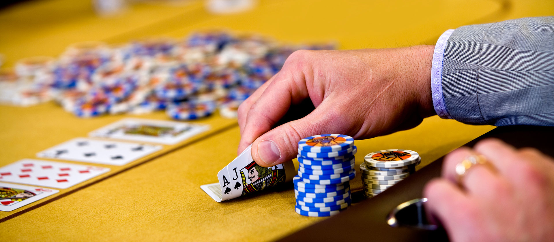 Best Approaches To Buy A Made Use Of Online Gambling